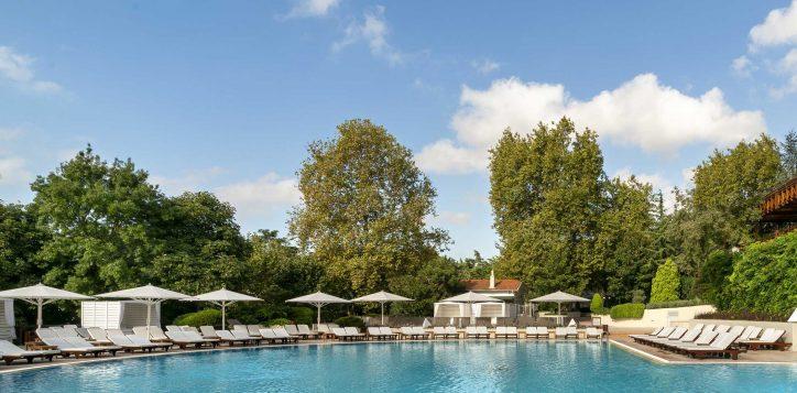 21-outdoor-pool-2