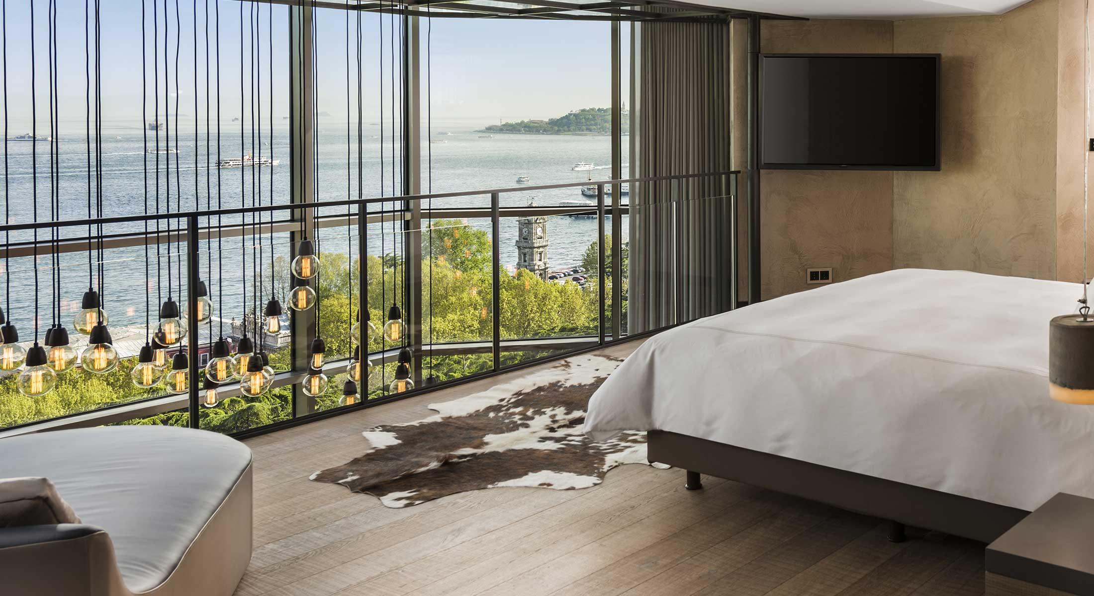 8-signature-loft-two-bedroom-terrace-2-2