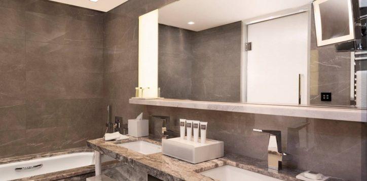bathroom-2-2