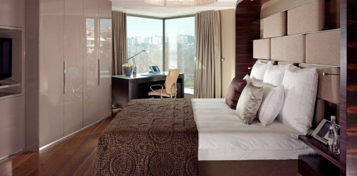 residence-1-bedroom-bosphorus-view-corner-2