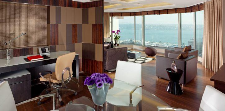 residence-1-bedroom-bosphorus-view-corner-4